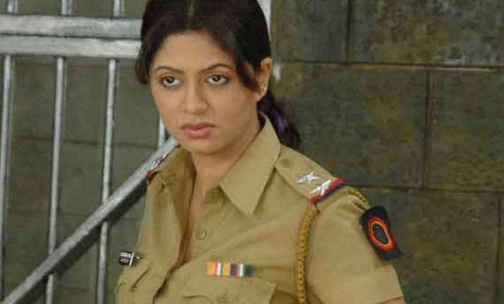 kavita kaushik back on f.i.r. says she makes perfect entry