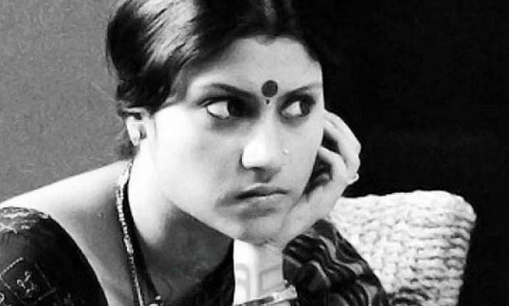 konkona happy for being offered roles on tagore s work