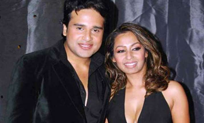 krushna and i love to sleep with each other says kashmera