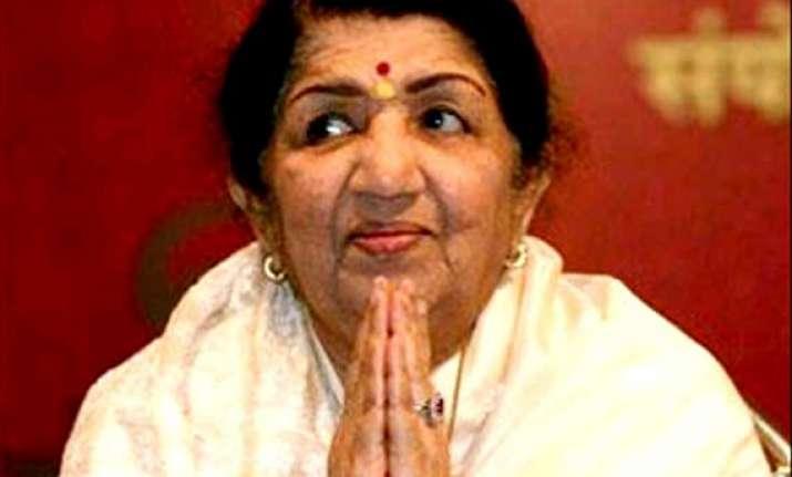 lata mangeshkar slams her death rumours tweets about her