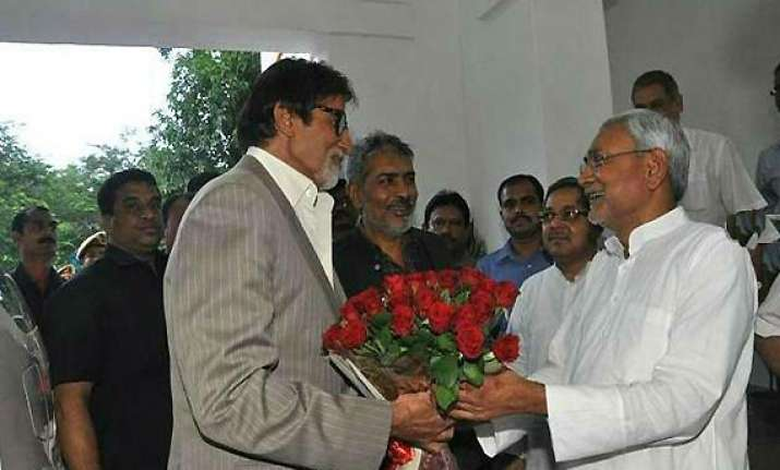 led by big b bollywood to lend glamour to bihar divas