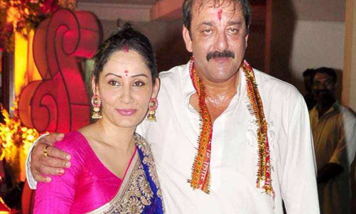 love knows no bars sanjay dutt sends birthday gift to