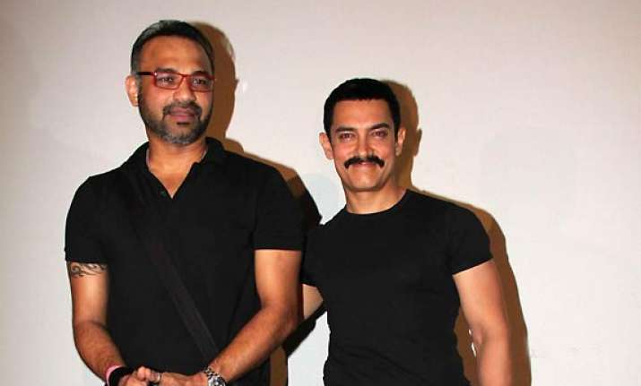 mp high court issues notice to aamir over delhi belly