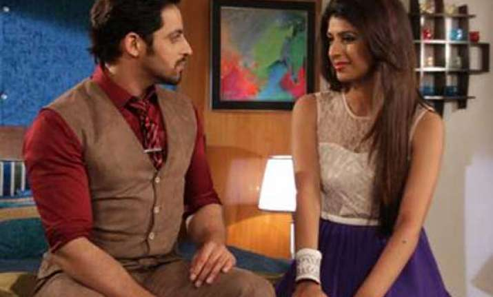 main naa bhoolungi show update aditya battling with shikha