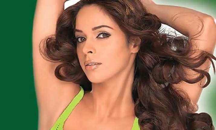 mallika sherawat s brother booked under fema in mumbai