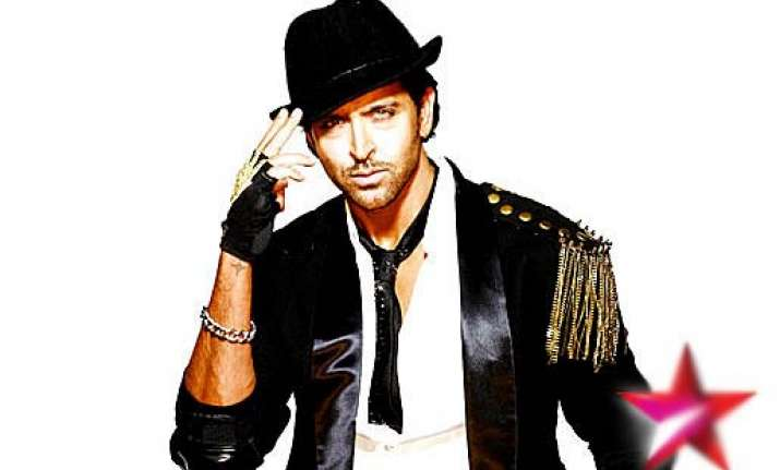 man steals hrithik s dancing shoes