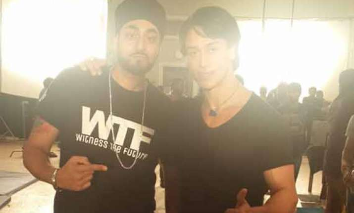 manjeet singh to go solo with heropanti