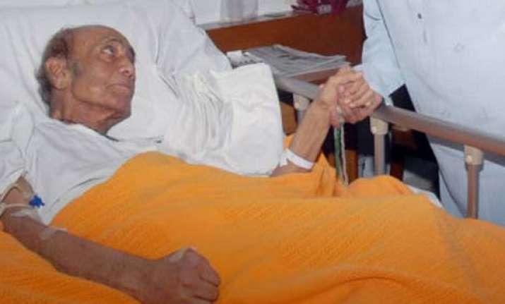 mehdi hassan wanted to visit india meet lata amitabh