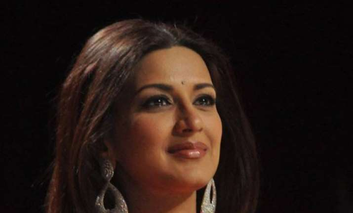 my mother is my hero sonali bendre