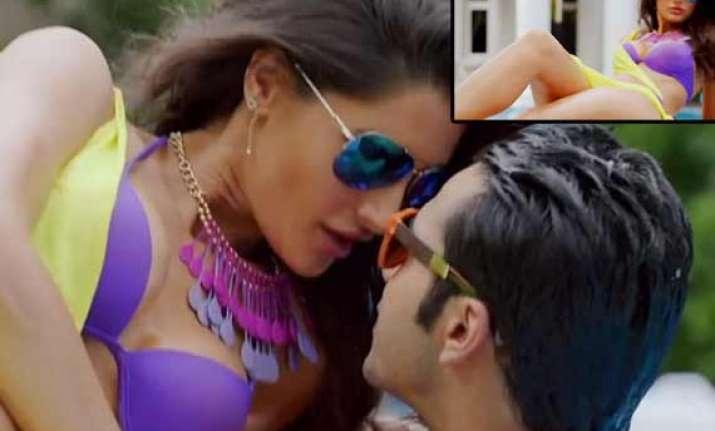 nargis fakhri donned her own bikini for main tera hero song