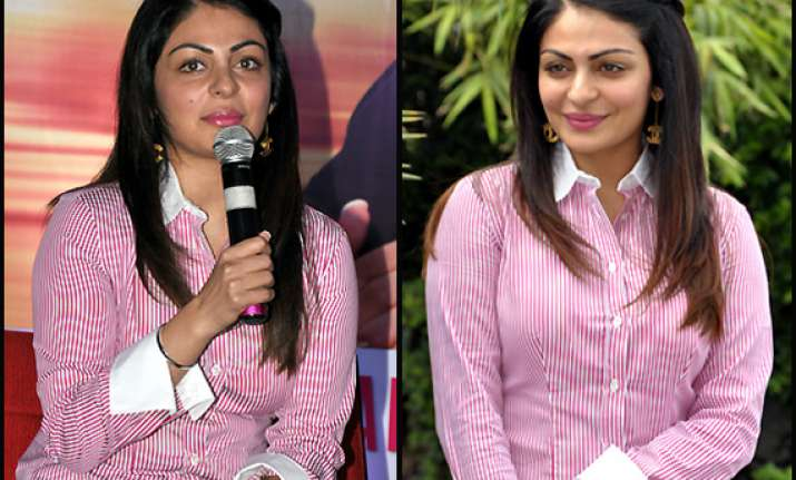 i want to empower women says neeru bajwa