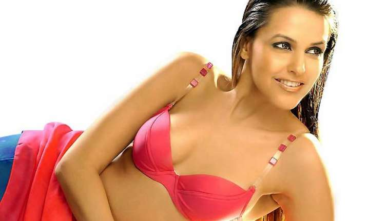 neha dhupia wants to do an item number