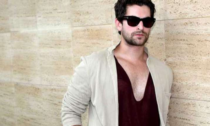 neil nitin mukesh knocked out of tamil version of david