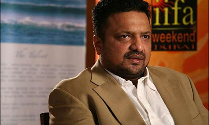 not glorifying gangsters in shootout at wadala says sanjay