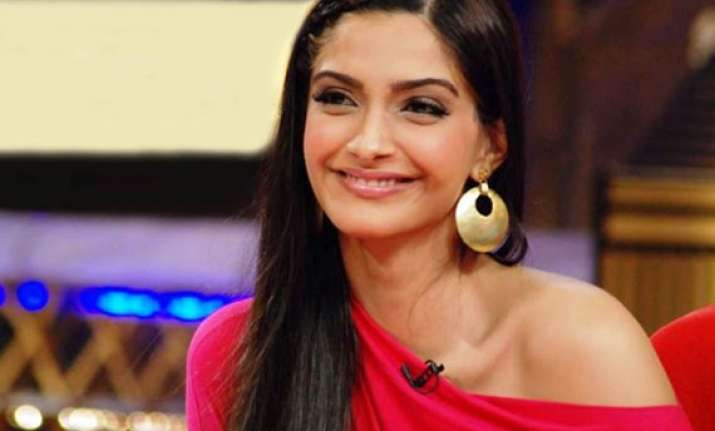 not yet lucky to land hollywood role says sonam