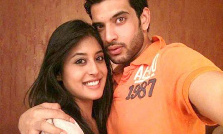 not uncomfortable with kritika kamra karan kundra