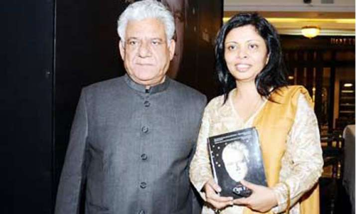 om puri denies wife s allegations of violence