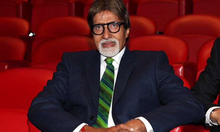 on 26/11 anniversary big b says he still feels safe in