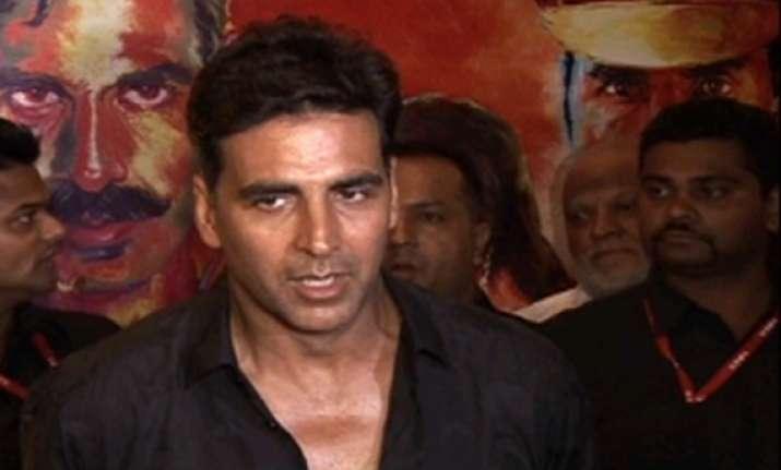 our job is to entertain viewers akshay tells vidhu vinod