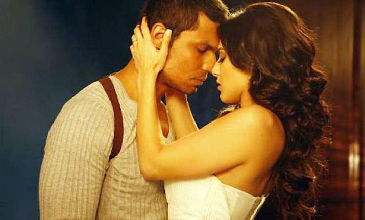 risk randeep hooda full movie download