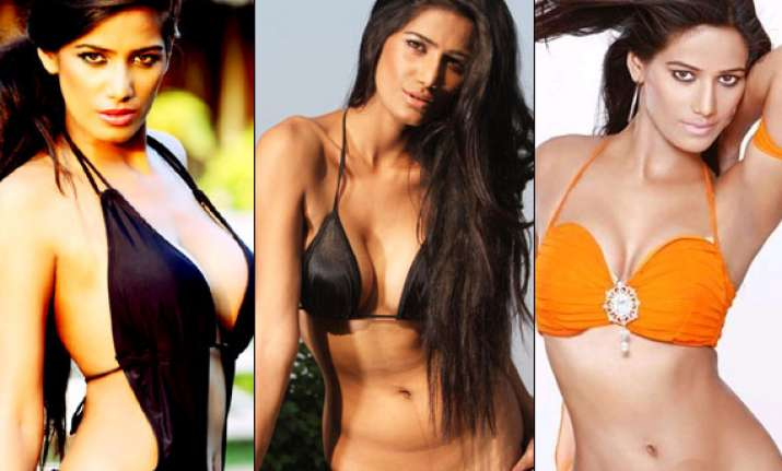 Poonam Pandey gets 60 lakh for an item number in Kannada film (see