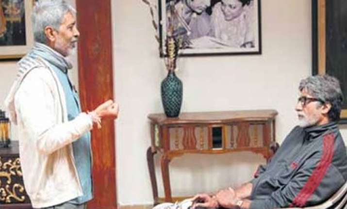 prakash jha gives acting classes to 1 000 students