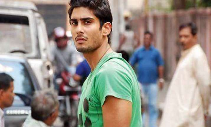 prateik nervous about his first solo film