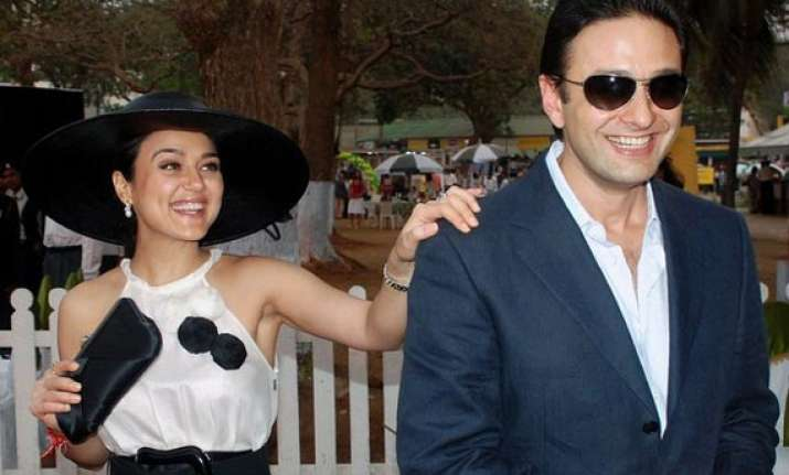 preity zinta ness wadia to go for out of court settlement