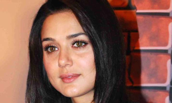 preity zinta on filing f.i.r only protecting myself no