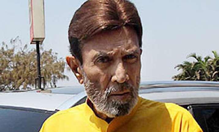 rajesh khanna hale and hearty says son in law akshay kumar