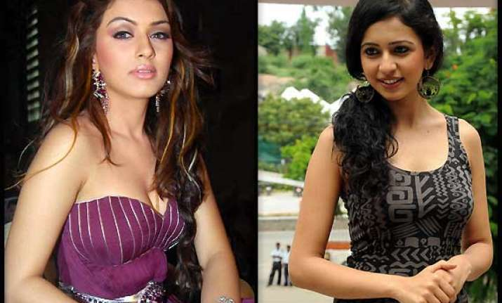 rakul preet singh replaces hansika motwani in telugu film