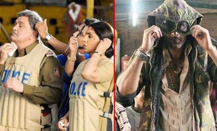 ranbir kapoor dad rishi and mom neetu spotted on the sets