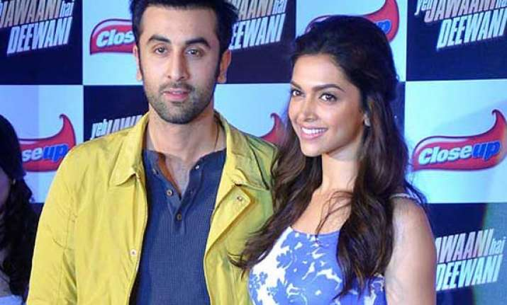 ranbir kapoor praises deepika padukone says he is blessed