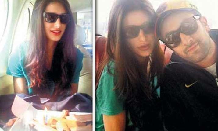 ranbir celebrates nargis fakhri s birthday in aircraft