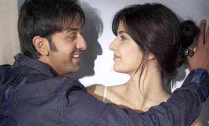ranbir katrina get cosy on frankfurt mumbai flight