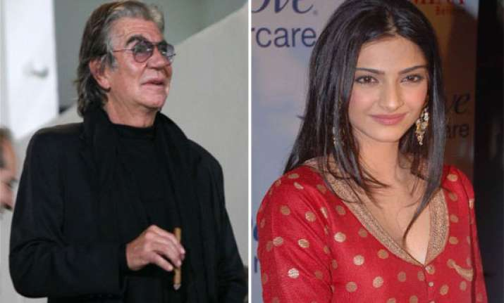 roberto cavalli finds sonam kapoor most beautiful