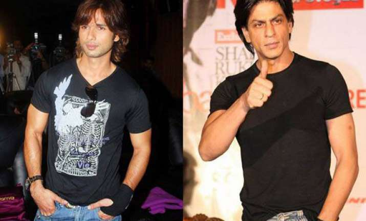 srk shahid kapoor to co host iifa awards