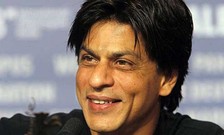 shah rukh khan follows big b crosses 8 million mark on