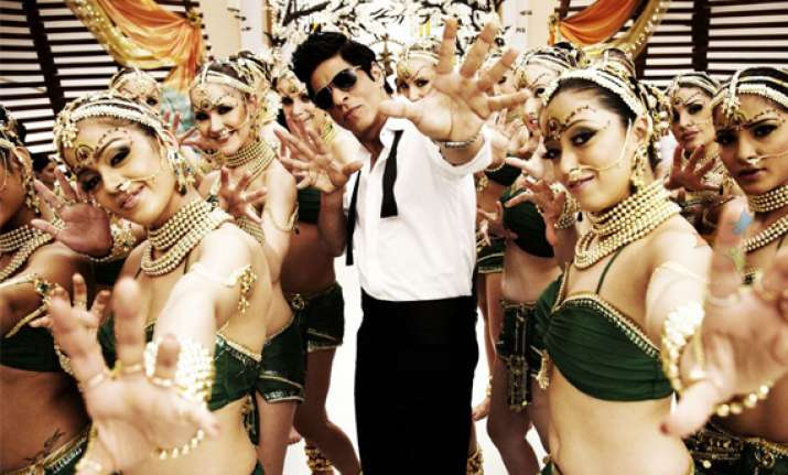 srk carries out marketing blitzkrieg for ra.one