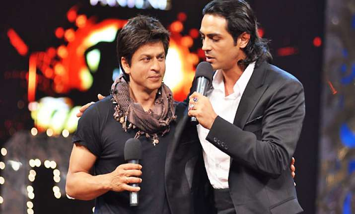 srk rampal to attend f1 lady gaga concert