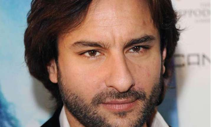 saif ali khan forgives staff for stealing acs from his