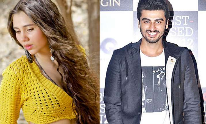salma agha s daughter to romance arjun kapoor in aurangzeb