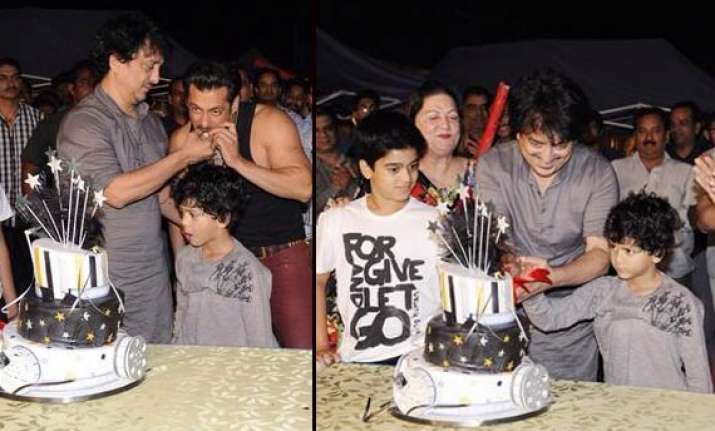 salman khan spotted celebrating sajid s birthday on sets of