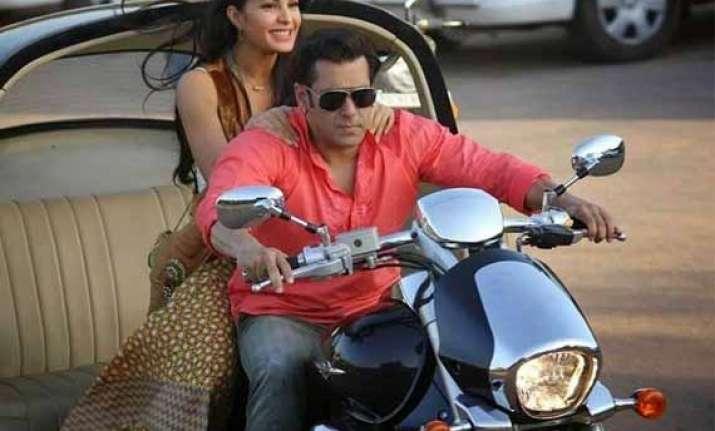 salman khan s kick storms overseas box office mints rs