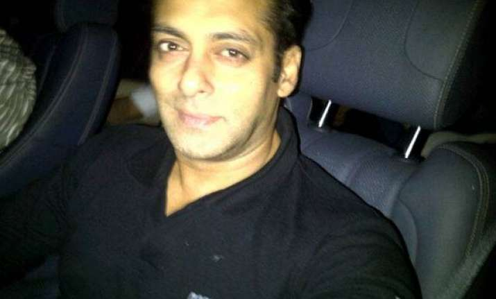 salman goes to us for treatment