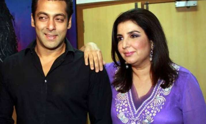 salman has a blast with his fans