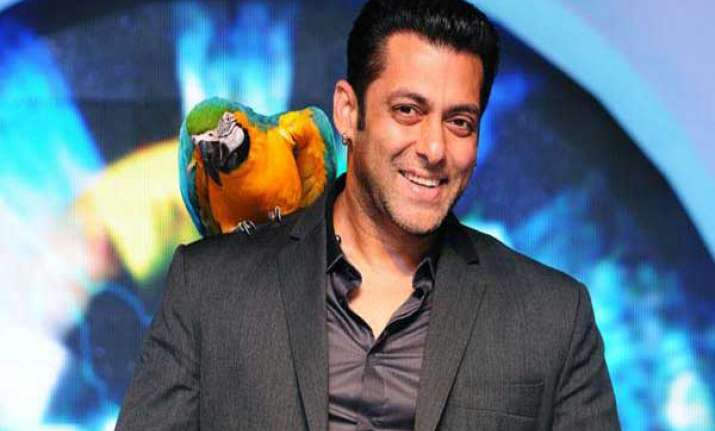 salman khan praises shahrukh khan on bigg boss