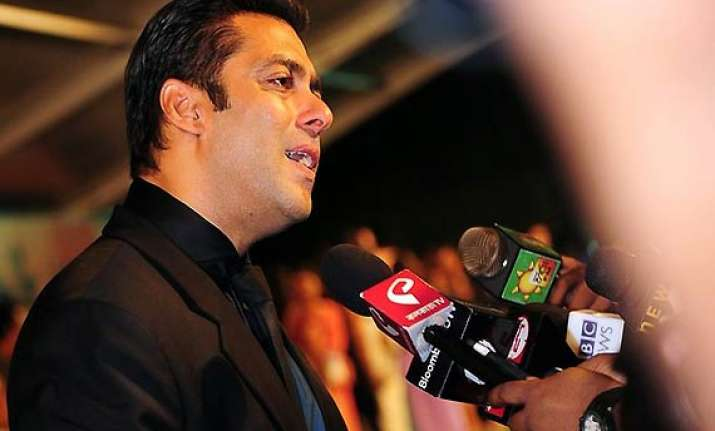 salman to attend awards function in toronto
