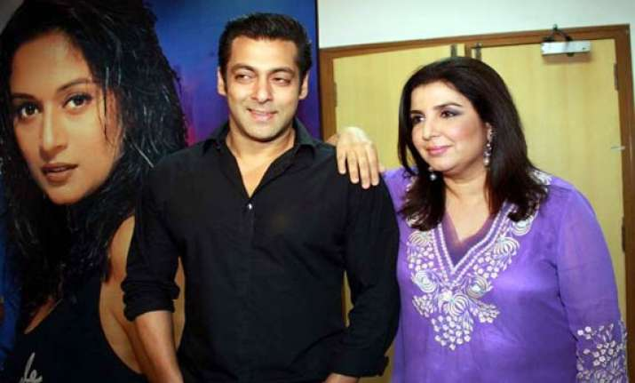 salman to rope in farah to reshoot item song