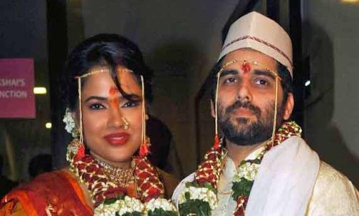 sameera takes a break from films wants to enjoy her marital
